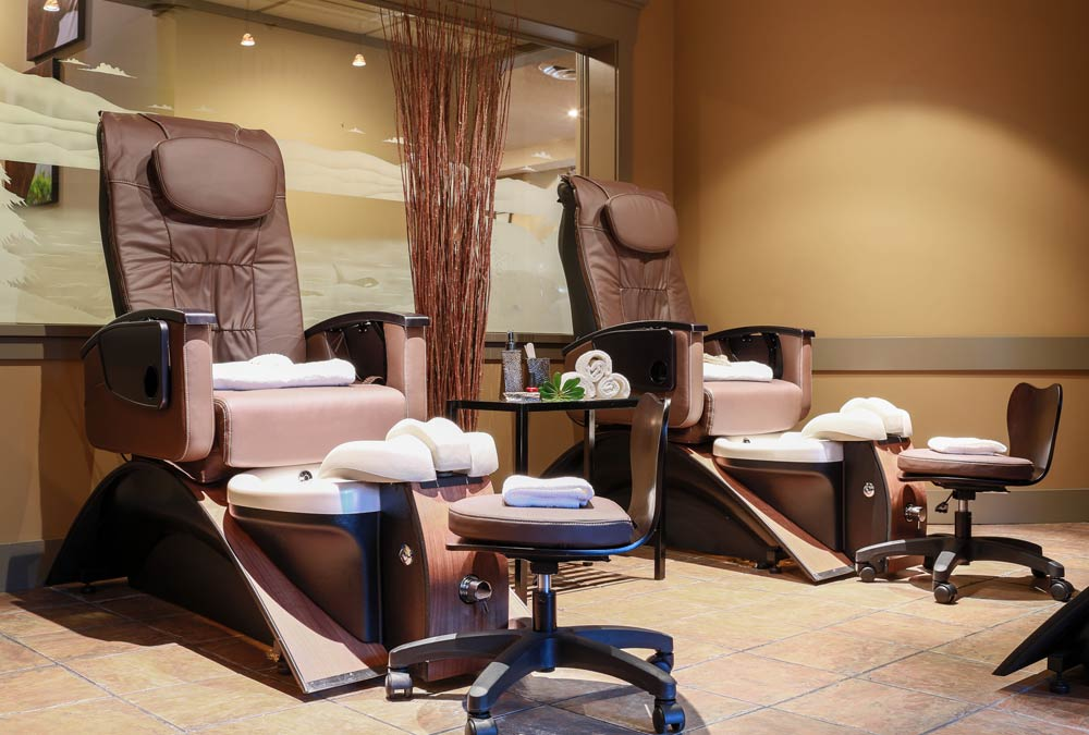 Nail Care Grotto Spa